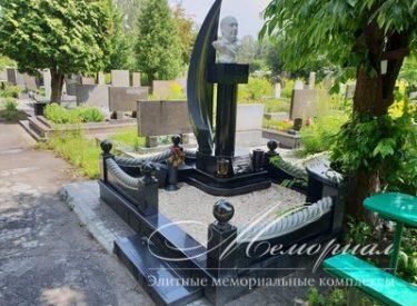 Мармуровий бюст – елітний дизайнерський пам'ятник на могилу (м.Київ)